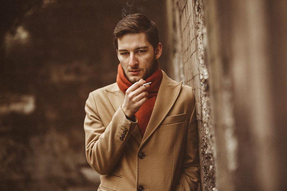 Fotoshooting mit Erik Aepfelbach und Zigarette
