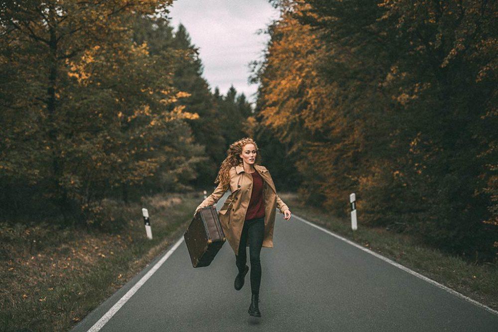 Fotoshooting mit Koffer Portraitshooting