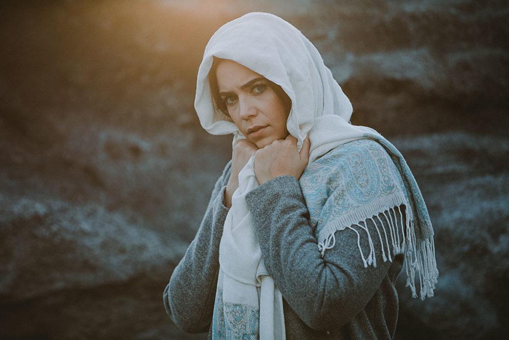 Portraitshooting mit Kopftuch auf dem Monte Schlacko Siegen