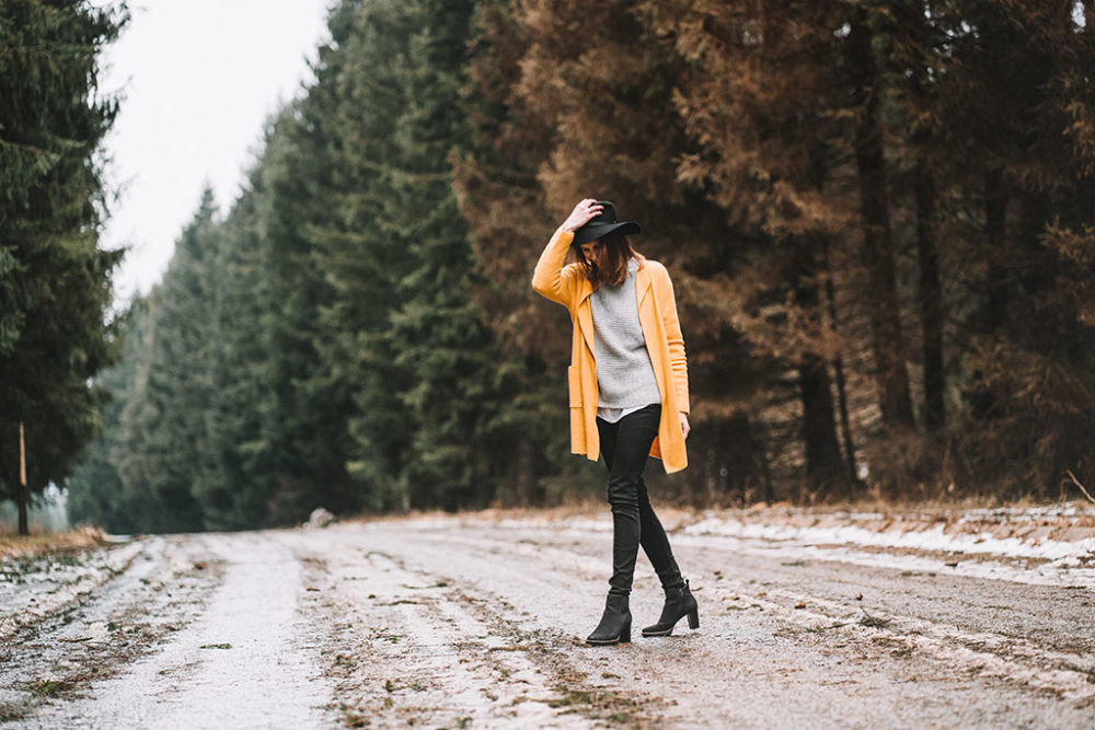 Portraitshooting mit Hut Wintershooting in Siegen