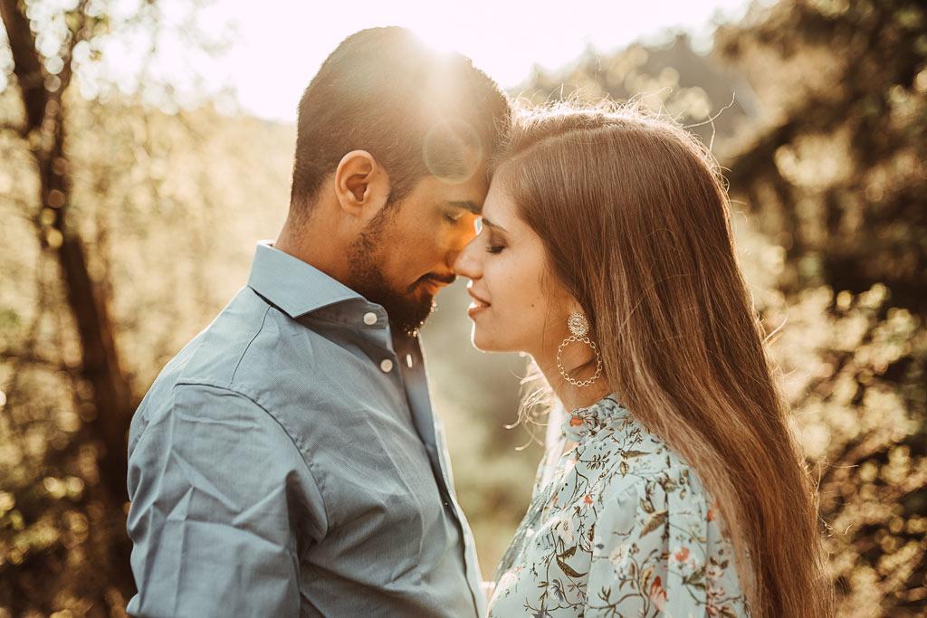Paarfotoshooting Siegen Gegenlicht