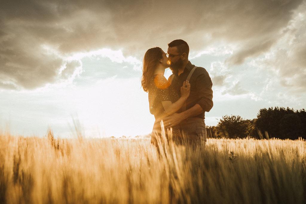 Fotoshooting Paar im Sonnenuntergang Siegen