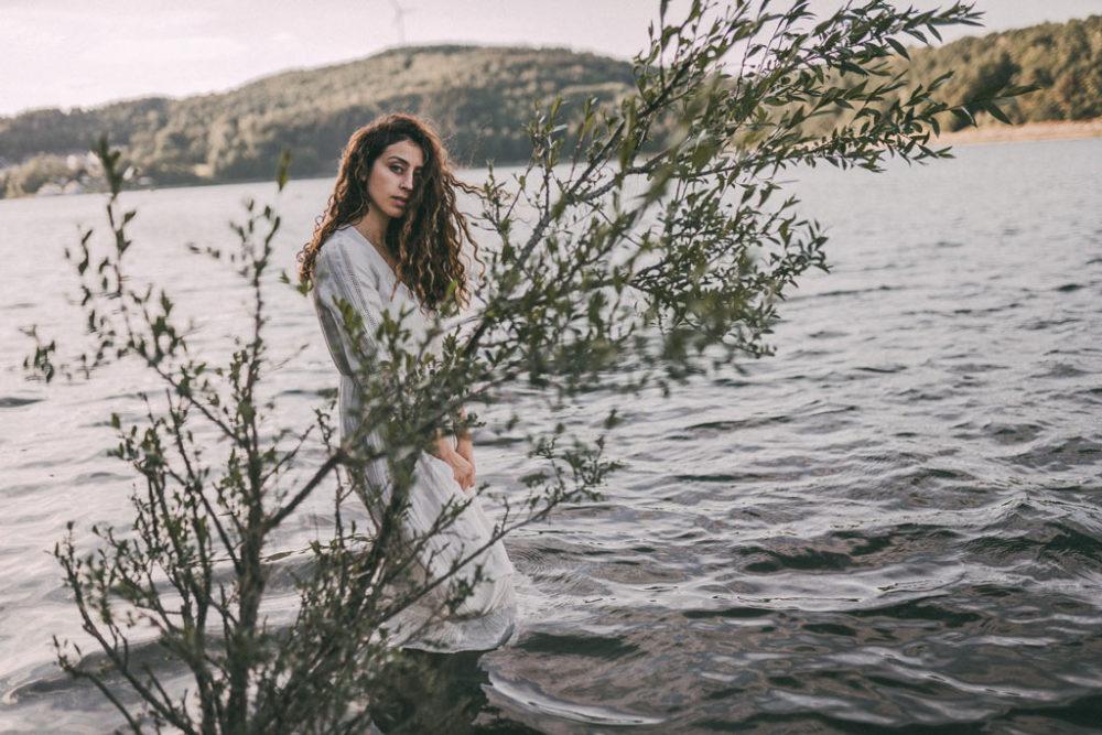 Fotoshooting im Biggesee Wasser im Sommer
