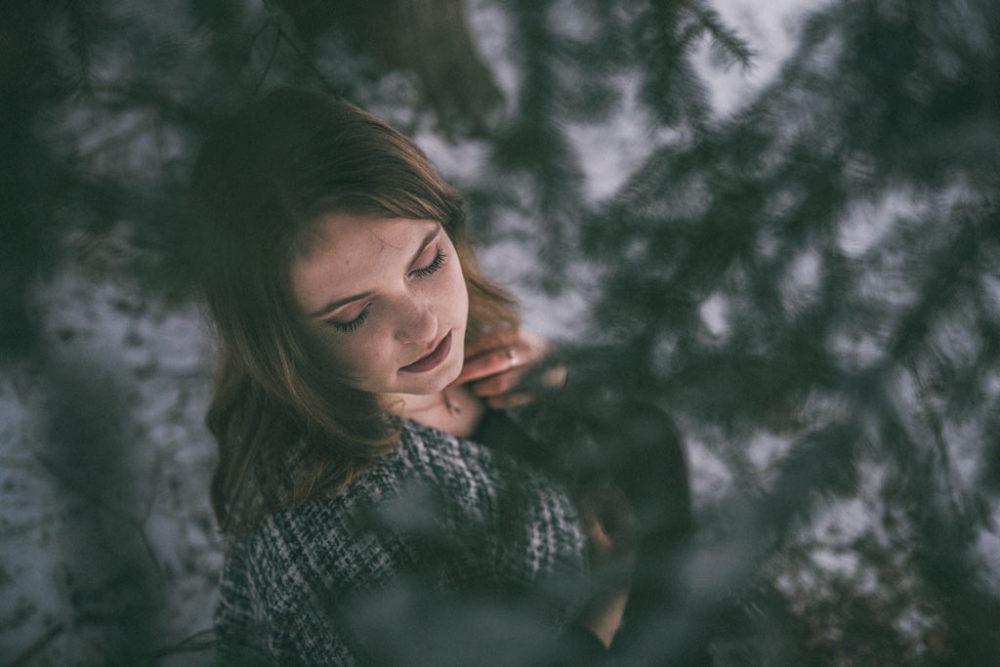 Fotoshooting im Schnee Tannenwald