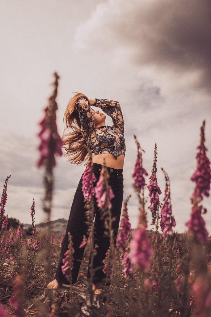 Tanzshooting im Fingerhut Blumenwiese